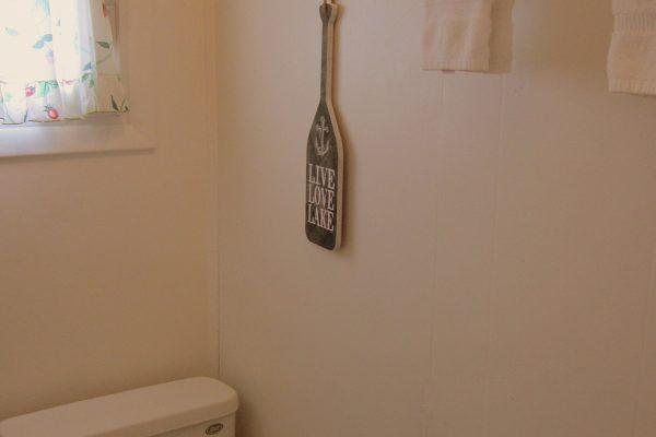 House 89 Bathroom 1