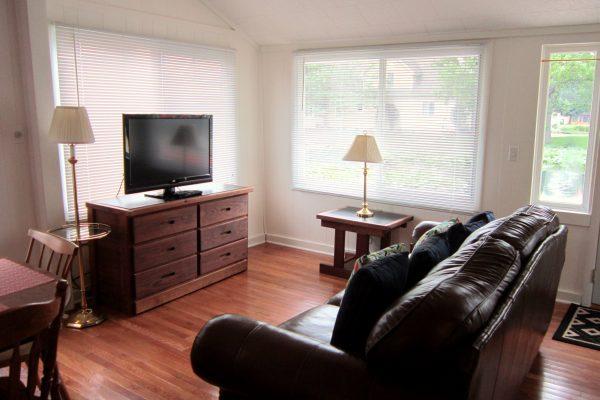 House 89 Living Room (1)