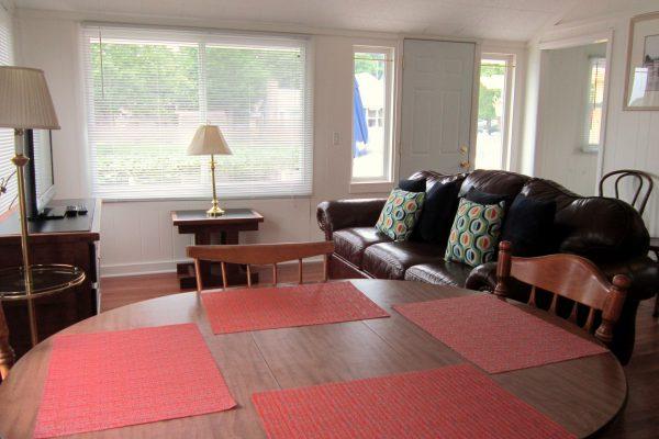 House 89 Living Room (3